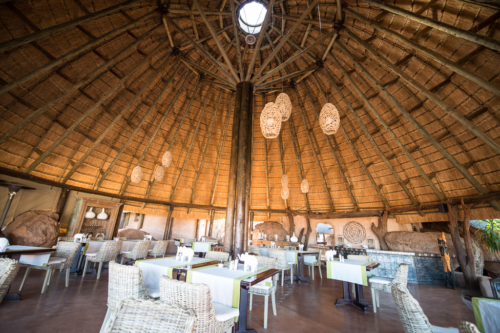 Salle à manger du Mowani Moutain Camp - Twyfelfontein (Namibie)