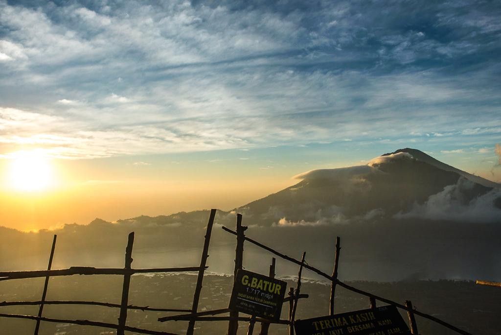 mont batur bali indonesie lever de soleil